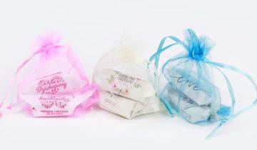 Cukrówki lubią bliskość – zapakuj je w ozdobne woreczki