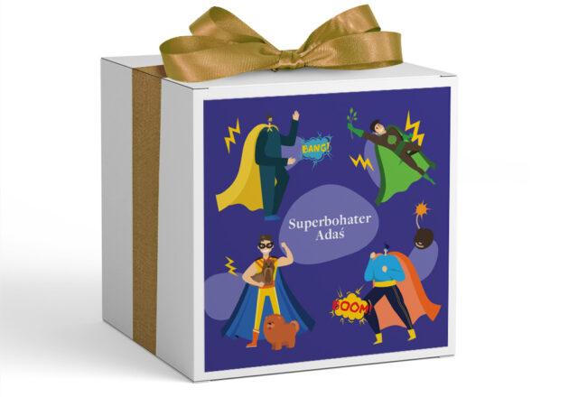 Pudełko z personalizacją na Dzień Chłopaka